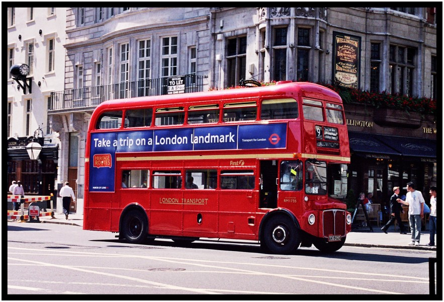 Routemaster on heritage route 9 (5)