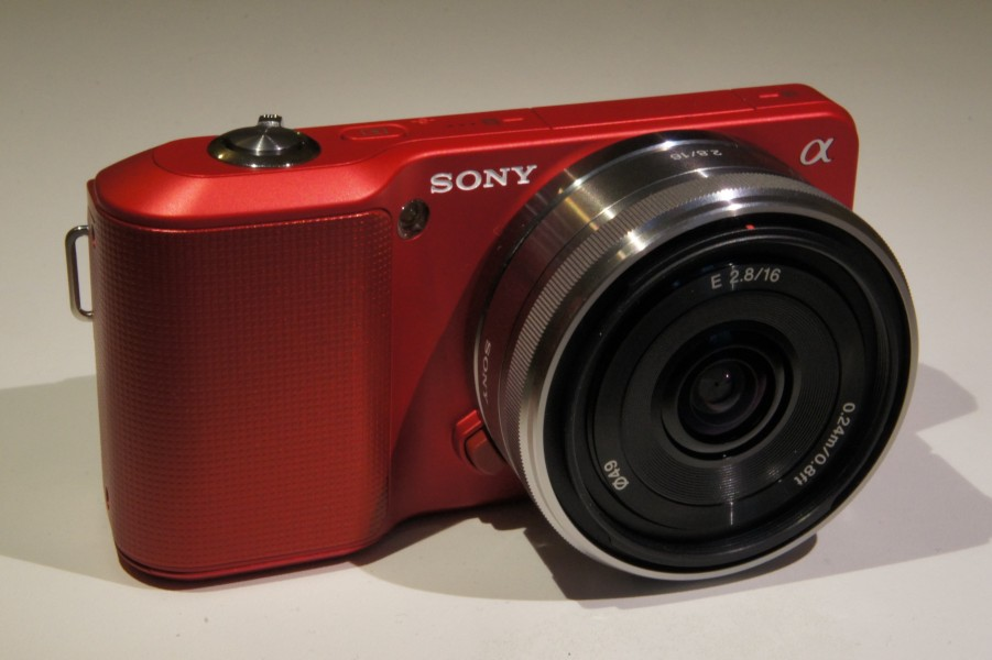 Sony NEX-3 red Pancake