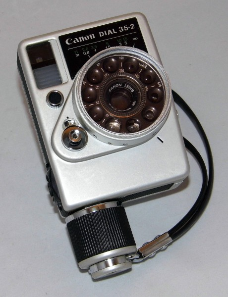 Vintage Cannon Dial 35-2 35mm Lens-Shutter Half-Frame Film Camera, Made In Japan, Circa 1968 (22883988411)