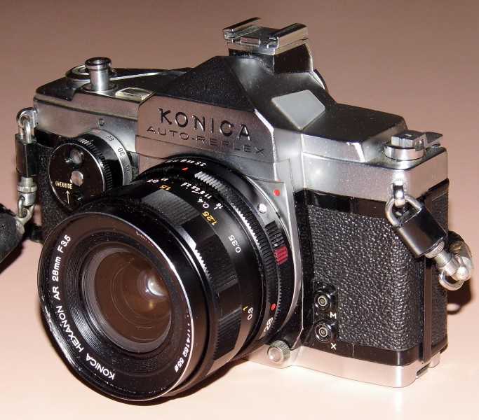 Vintage Konica Auto-Reflex 35mm SLR Film Camera, Made In Japan, First Focal-Plane-Shutter Auto Exposure 35mm SLR, Circa 1966 (13490913093)