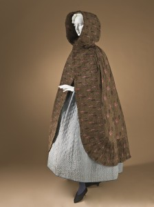Woman's hooded cape Provence 1785-1820