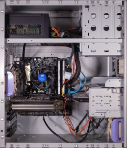 2017 mid range pc in late 1990s case