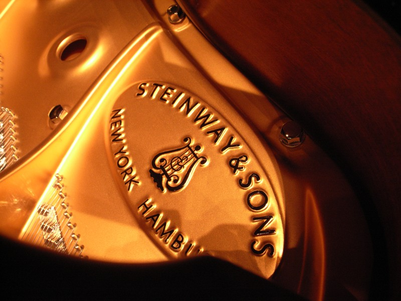 Steinway & Sons bronzed cast iron plate with handpainted logo