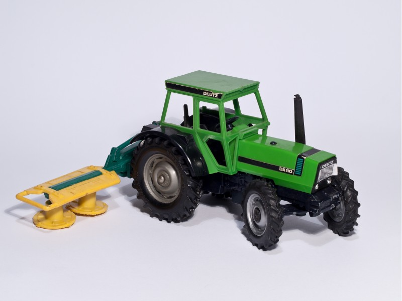 Britains - Deutz Fahr DX110 with mower