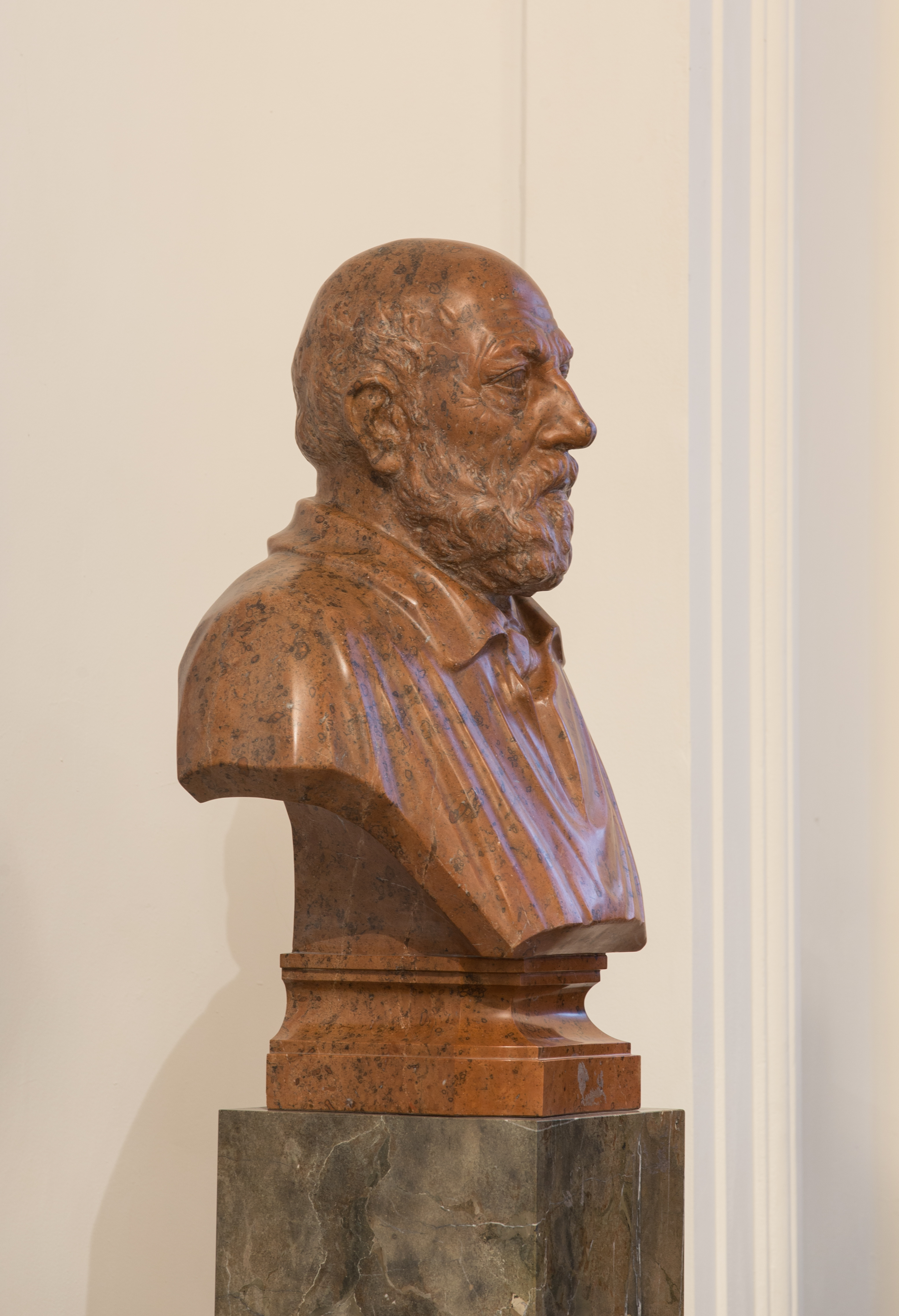 Eduard Suess - Bust in the Aula of the Academy of Sciences, Vienna - hu -8512