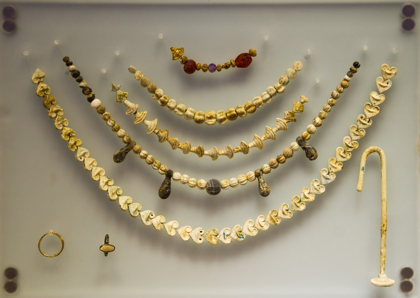 Minoan necklaces bone ivory Heraklion