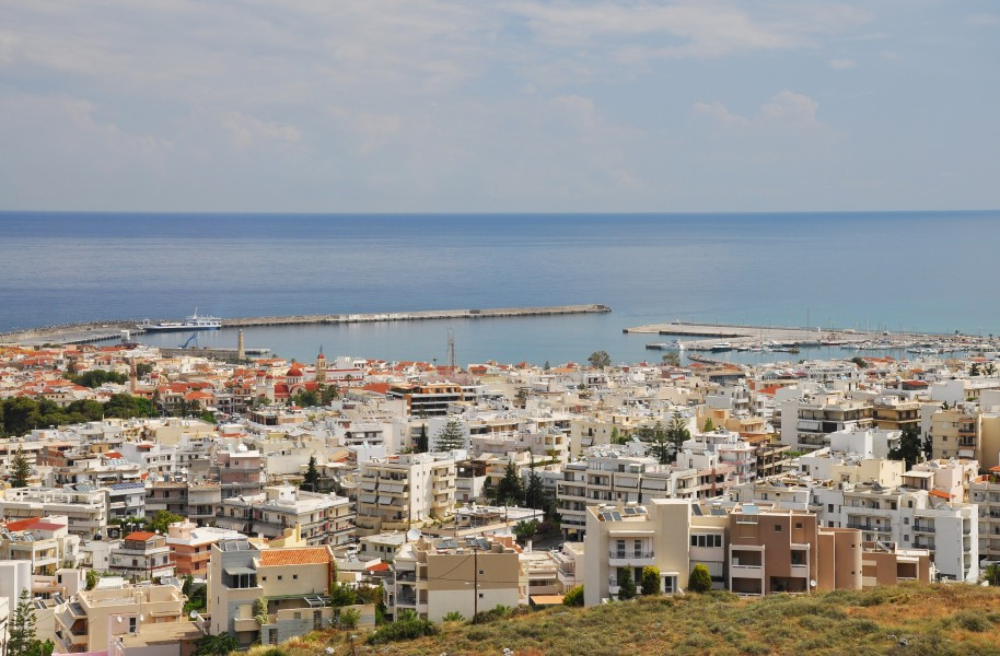 View of Rethymno with harbour in Crete 001