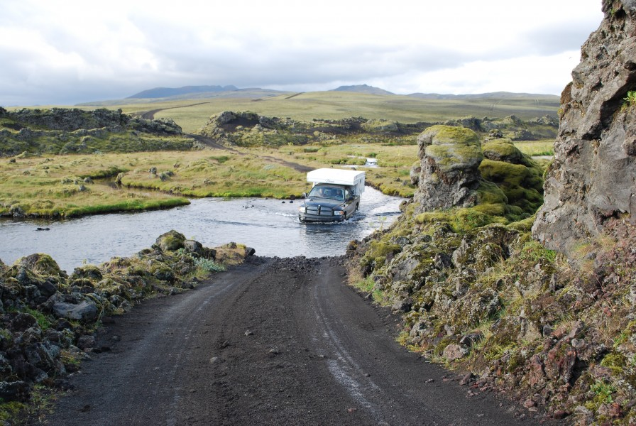 Wading by car on Iceland (1)