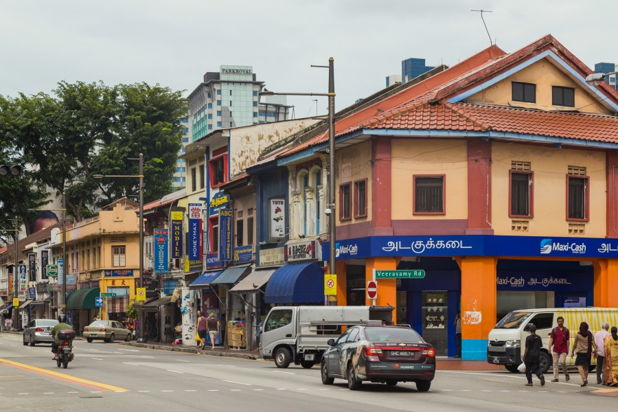 2016 Singapur, Little India, Ulica Serangoon, Domy-sklepy (06)