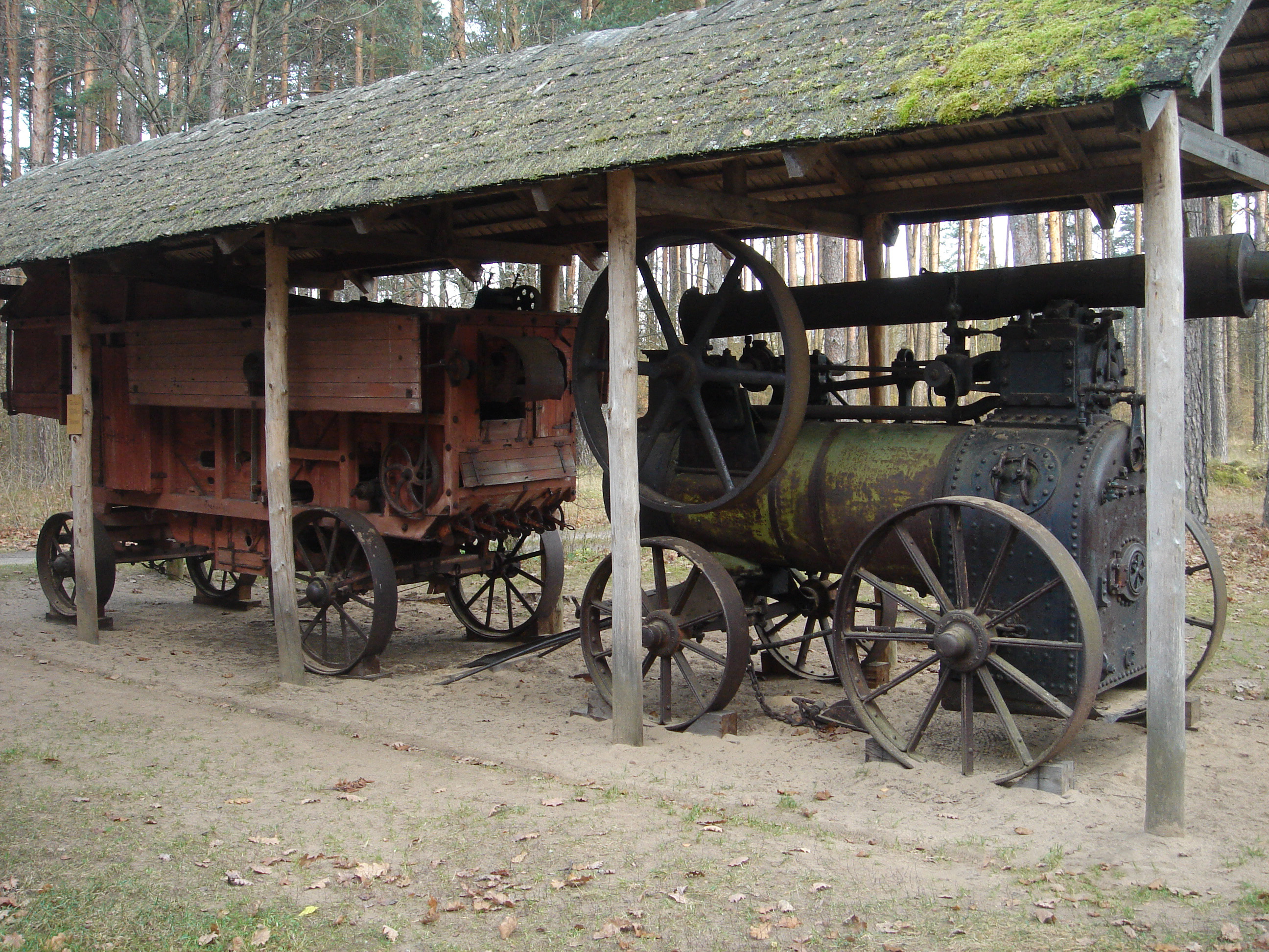 RustonHornsby Threshing Mashine SN27894 Riga Open Air Museum 2008