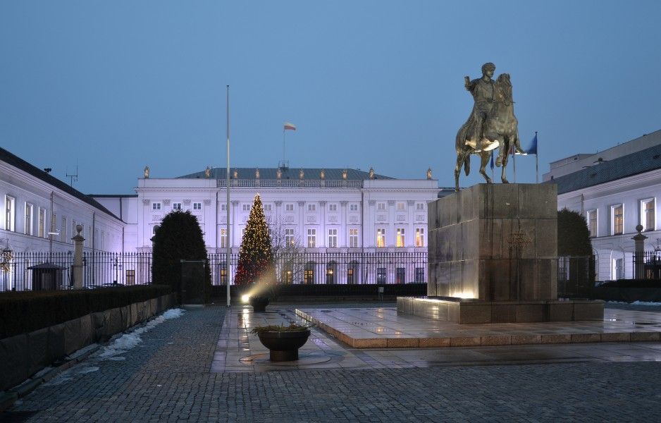 Presidential Palace in Warsaw (by Pudelek) 2
