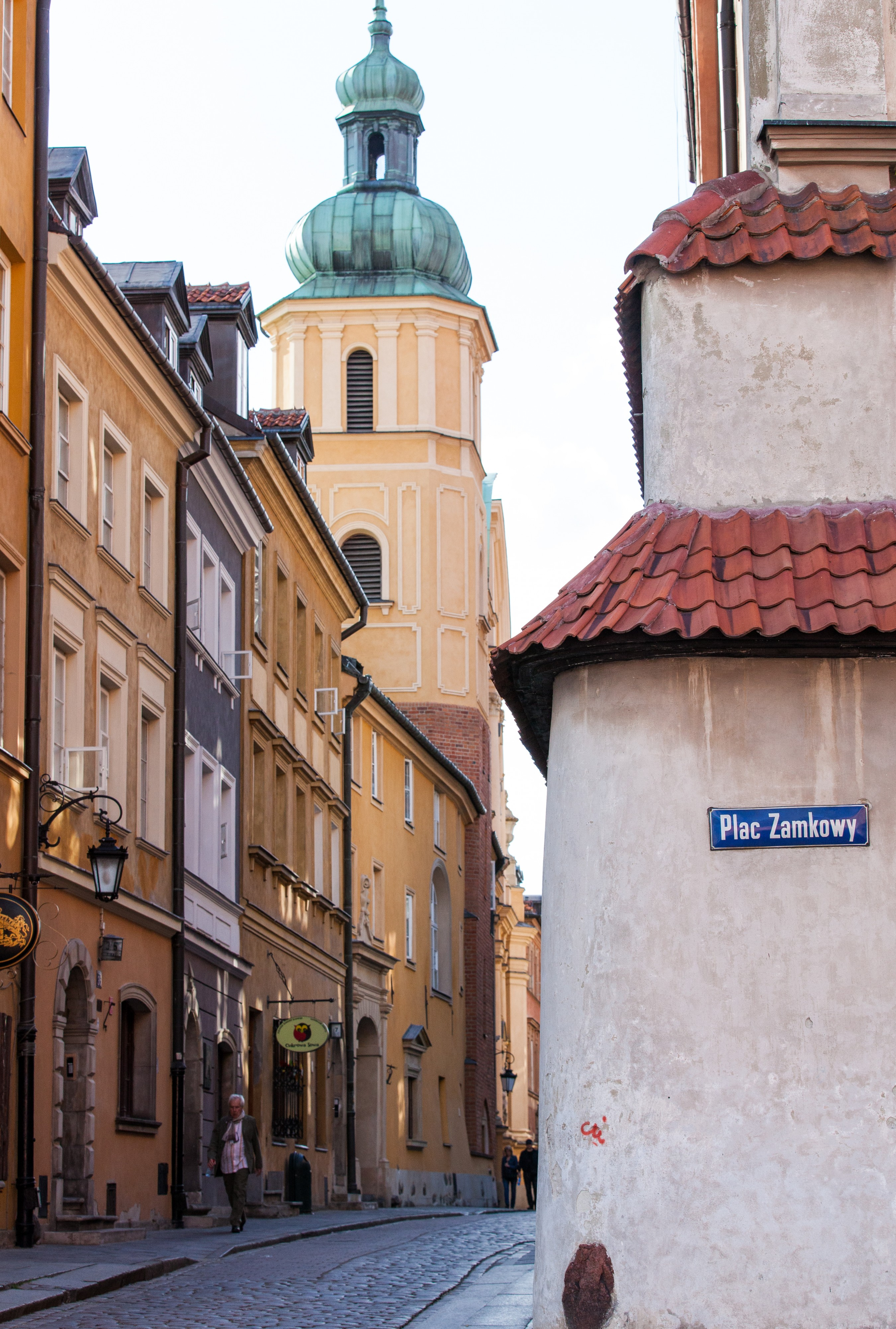 a street near the Castle Square (Plac Zamkowy) in Warsaw (Warszawa), Poland, June 2014, picture 2/9