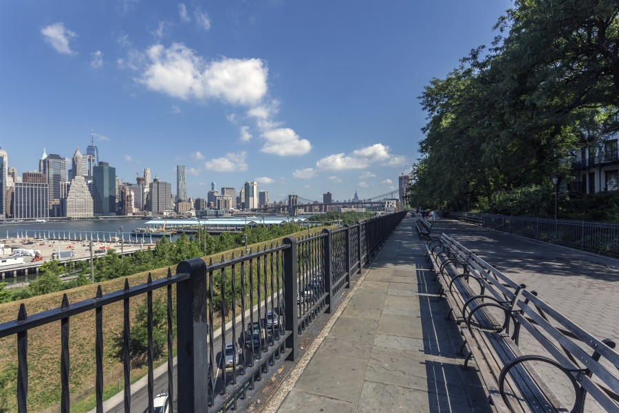 Brooklyn Heights Promenade NY1