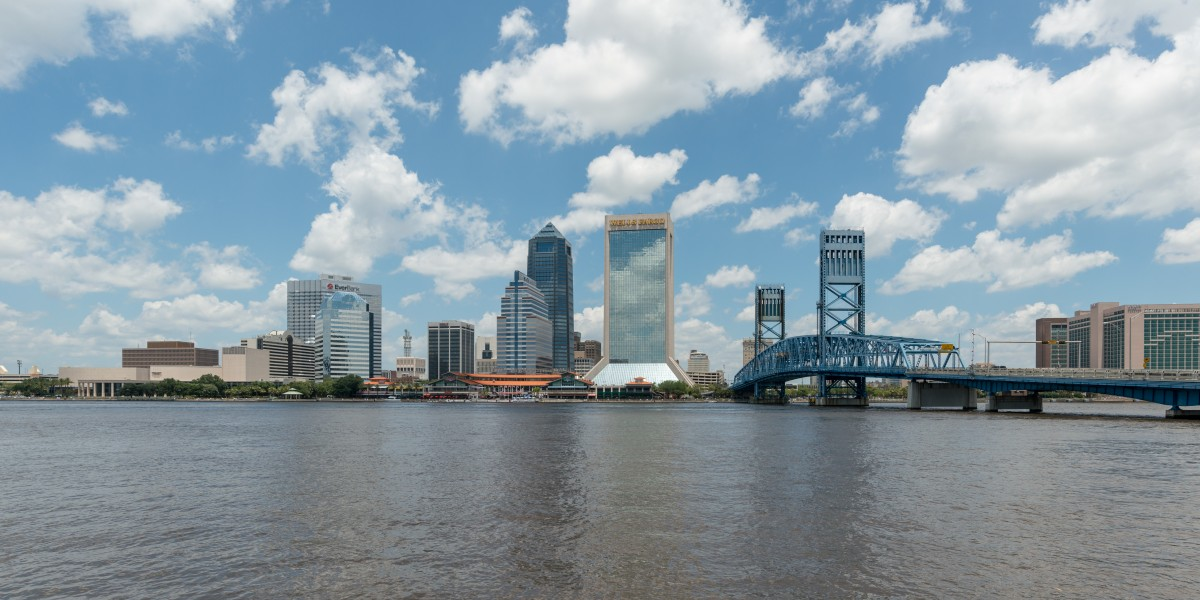 Skyline of Jacksonville FL, South view 20160706 1