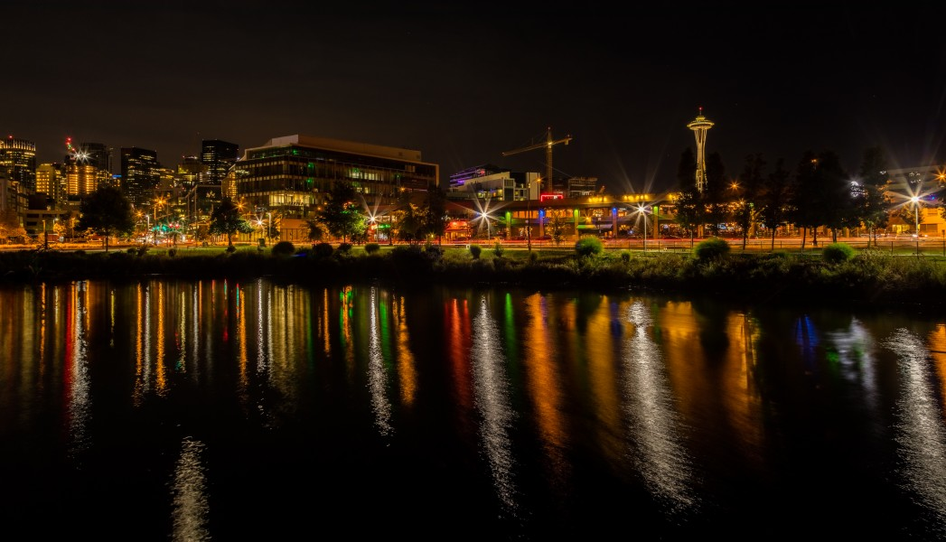 Vista de Seattle desde el parque Lake Union, Washington, Estados Unidos, 2017-09-02, DD 26-28 HDR