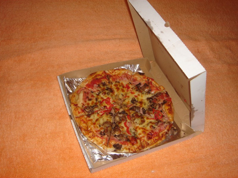Pizza Toscana in a box