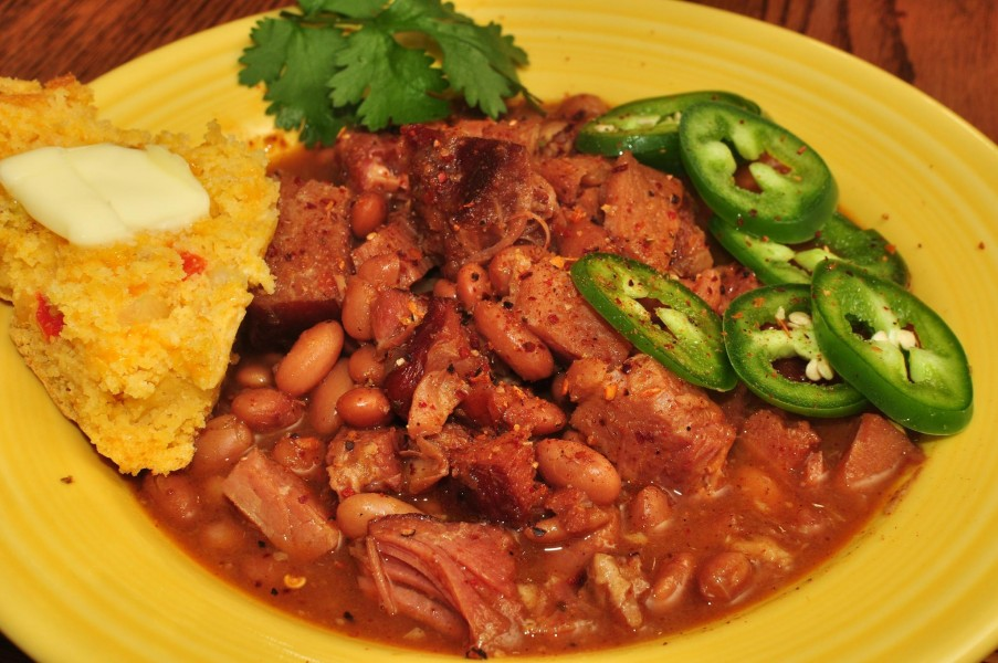 Mmm... smoked ham with pintos in ancho and chipotle pepper sauce (7116474413)