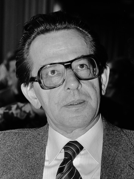 Abraham Harry Paape (1979)