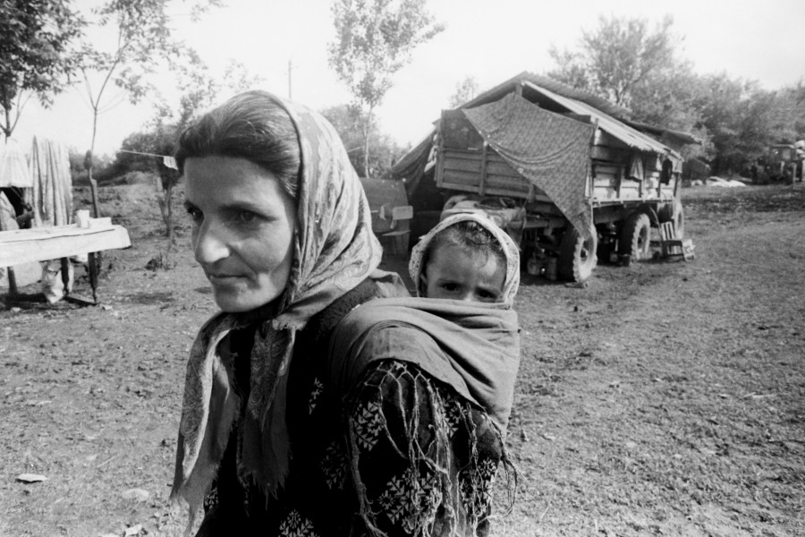 Azerbaijani refugees from Karabakh during the war 11