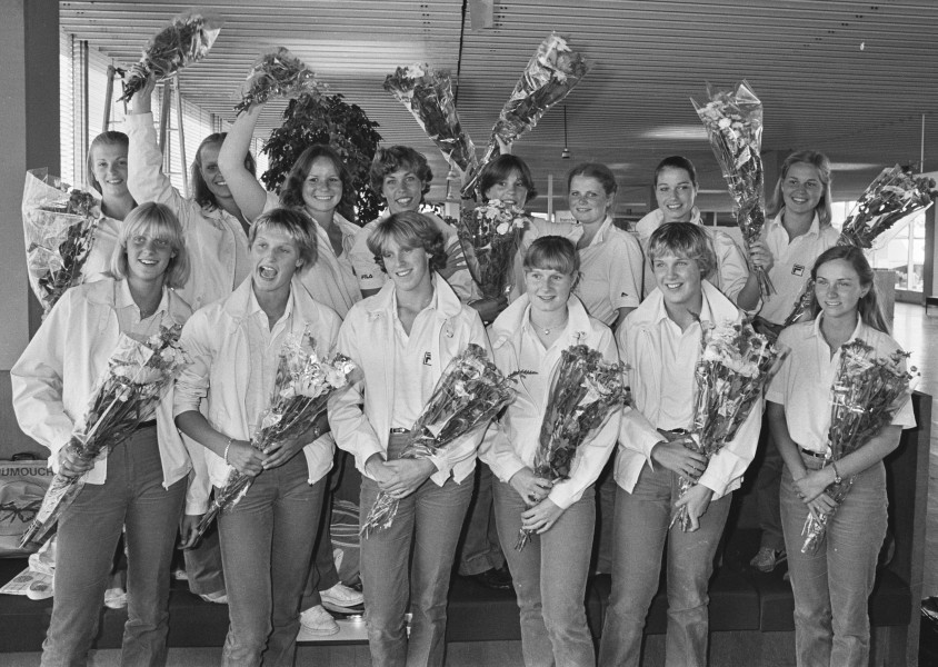 Dutch swimming and synchronized swimming teams Split 1981