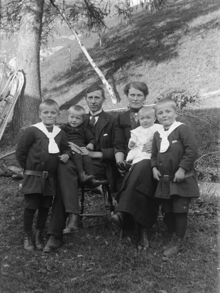 The Haugen family, ca 1907-1922 (4545491648)