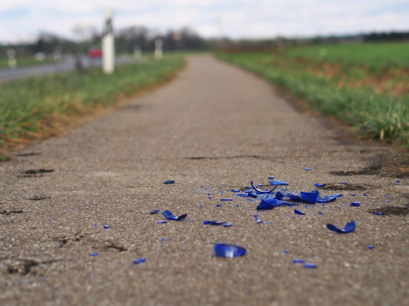 2015 broken glass on cycleway