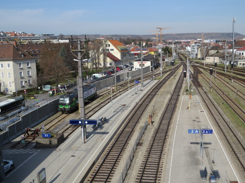 2018-04-03 (725) View from Park and Ride to Bahnhof Krems an der Donau