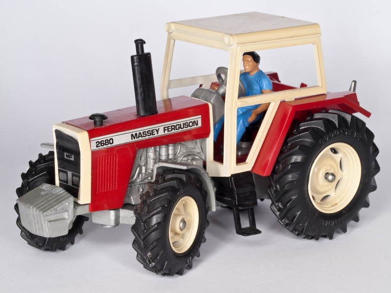 Britains - MF 2680 Tractor