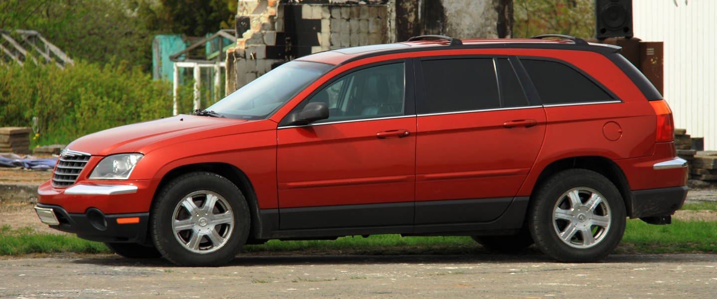 Chrysler Pacifica red