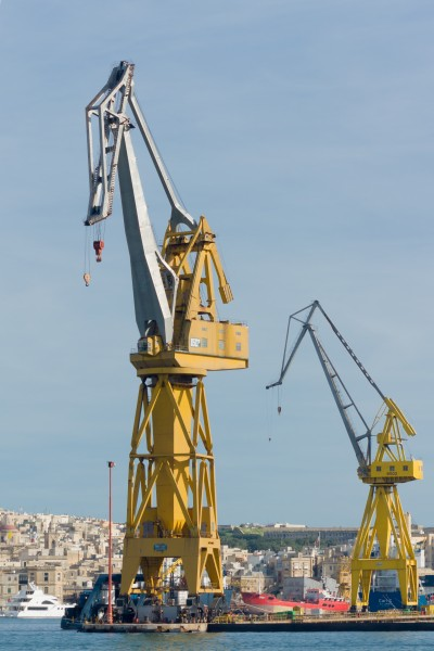 Cospicua Malta Cranes-at-No2-docks-01