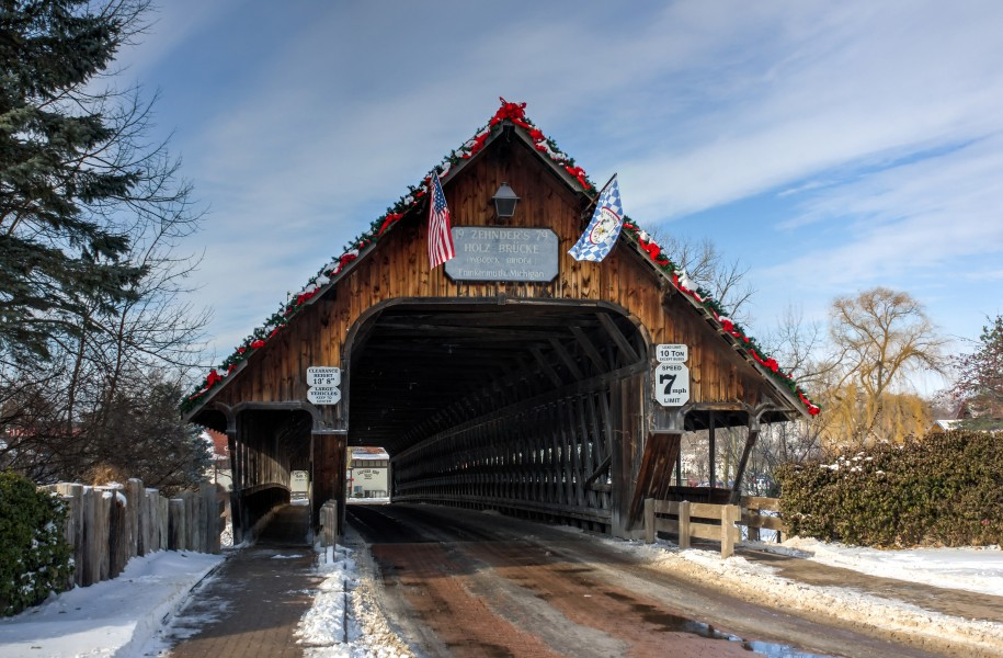 Covered bridge entrance, Frankenmuth, Michigan, 2015-01-11