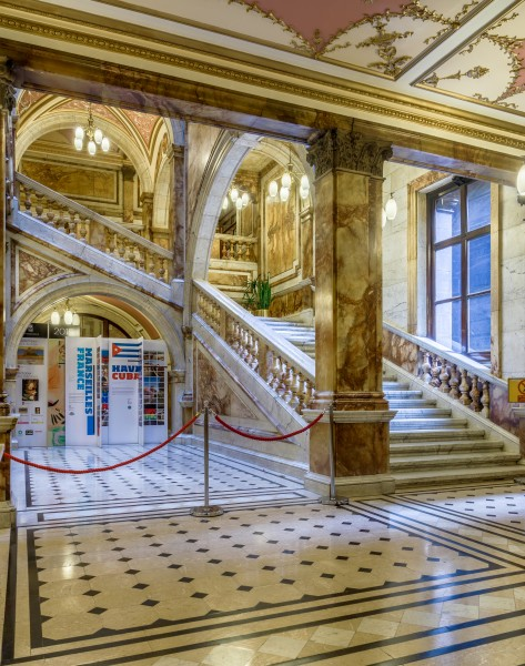 Glasgow City Chambers - Carrara Marble Staircase - 3
