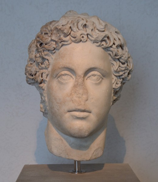 Head of Commodus