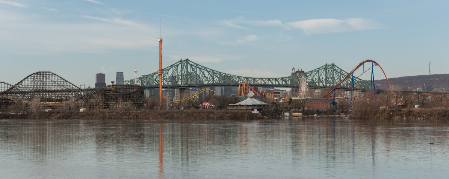 La Ronde theme park, Montréal, Northeast view 20170410 1