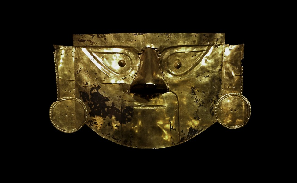 Lambayeque gold mask