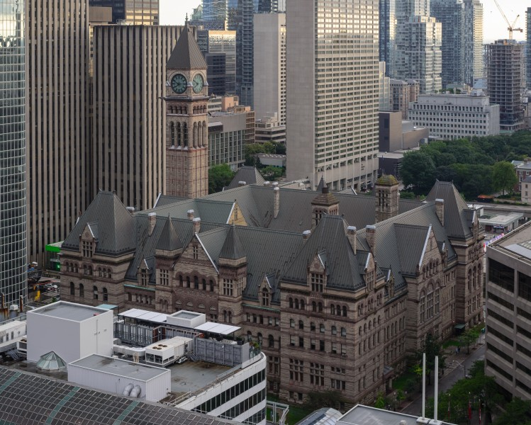 Old Toronto City Hall August 2017 01