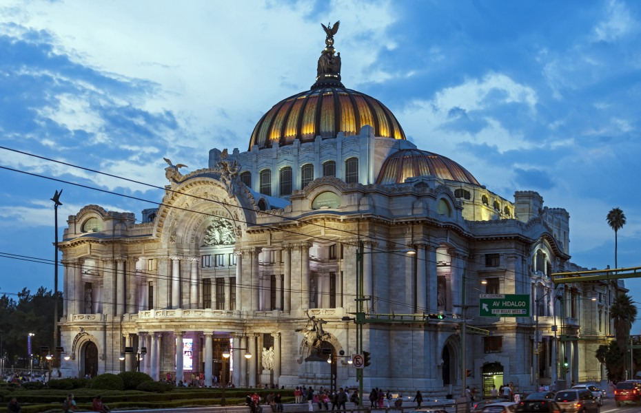 Palaco de Bellas Artes, Mexico City, from across Eje Central Lazaro Cardenas in evening