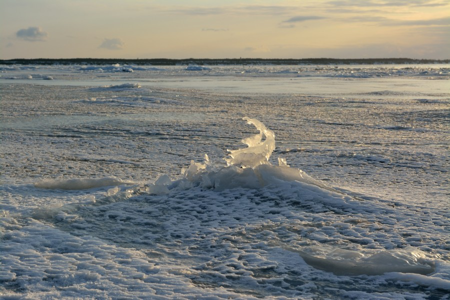 Paldiski bay ice formation3