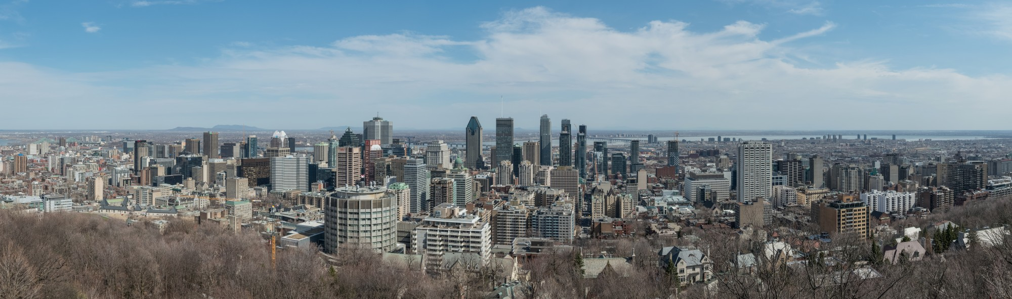 Panoramic View of Downtown Montréal from Mont Royal 20170410 1