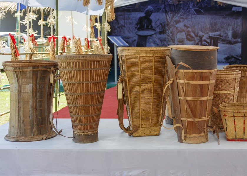 Penampang Sabah Collection-of-Dusun-baskets-01