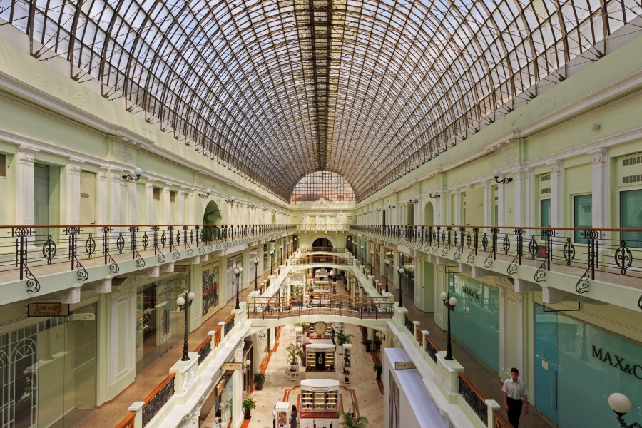 Petrovsky Passage interior 06-2015