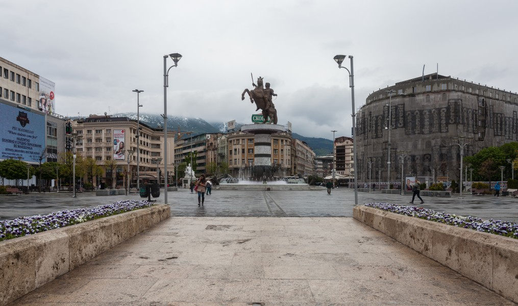 Plaza de Macedonia, Skopie, Macedonia, 2014-04-17, DD 70
