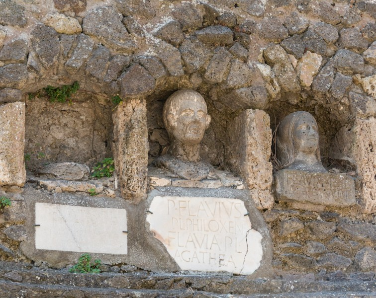 Pompeii family funerary niches