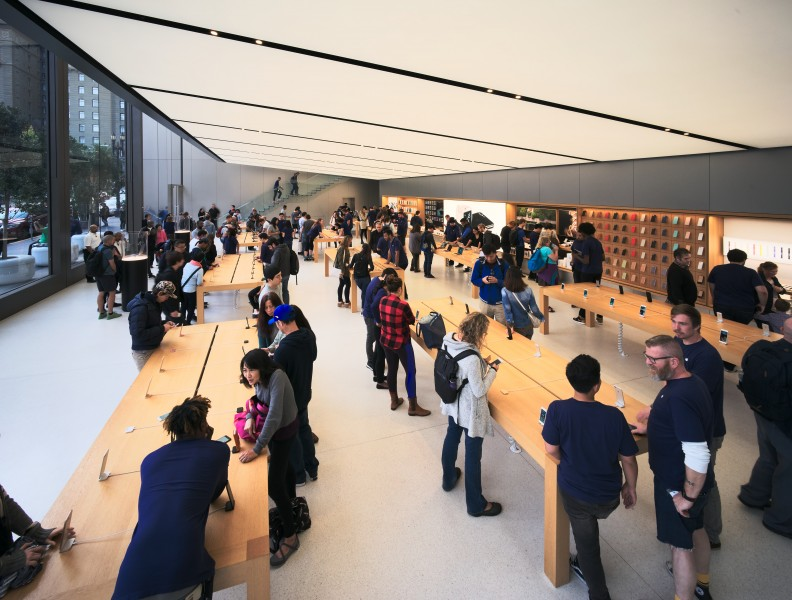 San Francisco Apple Store interior, lower floor