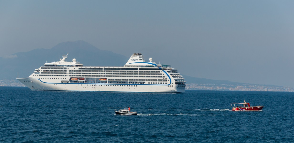 Seven Seas Mariner and friends gulf Naples Italy
