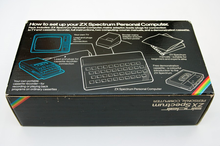 Sinclair ZX Spectrum 48k box (7160169710)