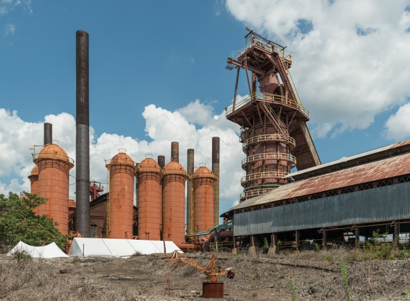 Sloss Furnaces, Birmingham AL, Cowper Stoves and Blast Furnace, West view 20160714 1