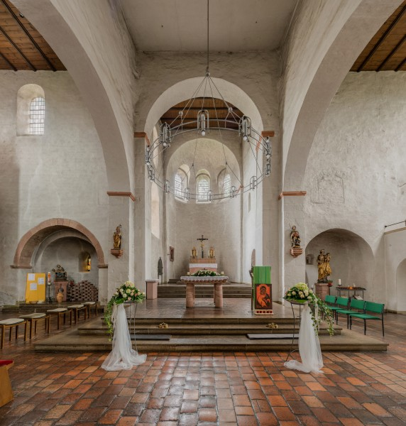 St. Aegidius, Mittelheim, Crossing and Apsis 20140915 1