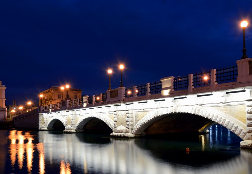 Stone bridge in Taranto