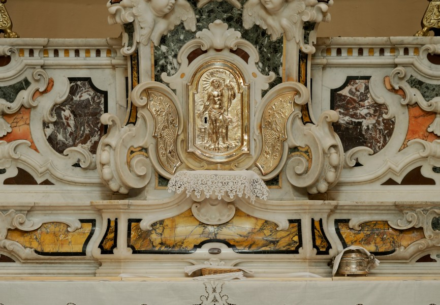 Tabernacle of St. George in Locorotondo